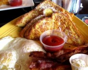 bacon eggs toasts