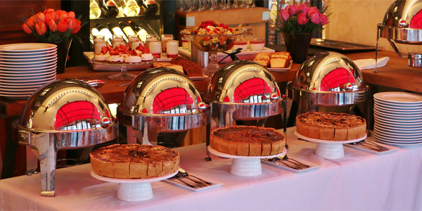 Brunch servi en buffet
