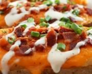pomme de terre au four cheddar bacon