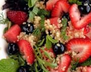 salade quinoa bleuets fraises pasteque sans gluten