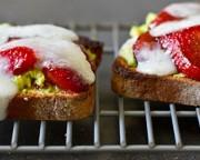 sandwich avocat fraise chevre